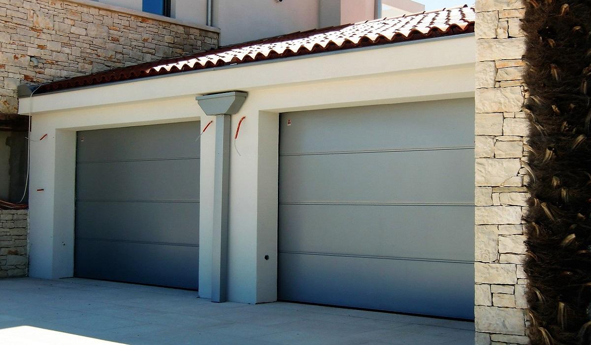 TECKENTRUP GLATKI RAL 9006 VODNJAN garažna vrata Adistrum